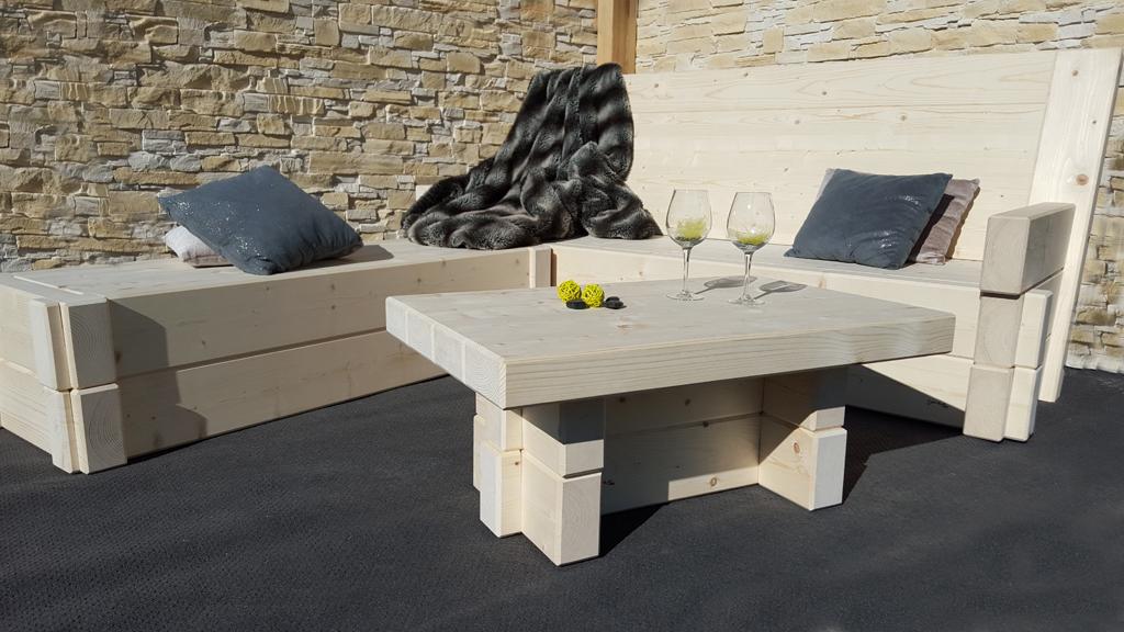 Banquette Méridienne et table Salon